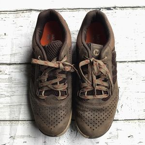 Mens Merrell Shoes :: size 9